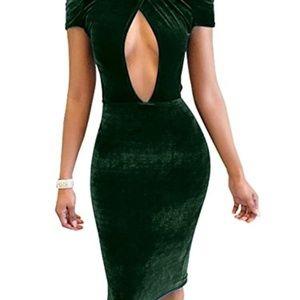Dresses & Skirts - Dark Green Velvet Midi Dress Size XL Off Shoulder